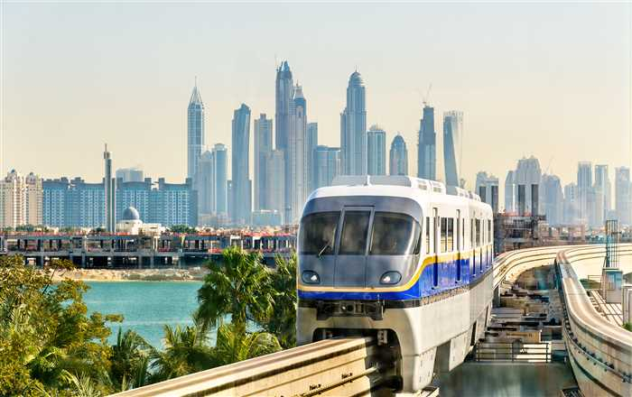 Atlantis Monorail in Dubai