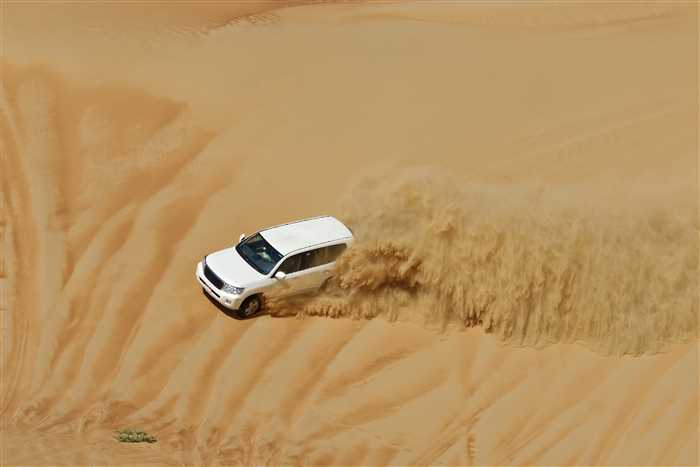 Desert Safari - Best places or attractions to visit in Dubai
