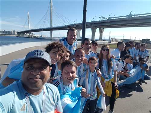 My pic with fans from Argentina (Worldcup'2018) .jpeg
