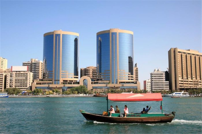 Dubai Holiday Package , Dubai With Desert Safari, Dhow Cruise & City Tour