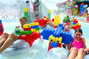 LEGOLAND_WATER_PARK_FAMILY_ ,