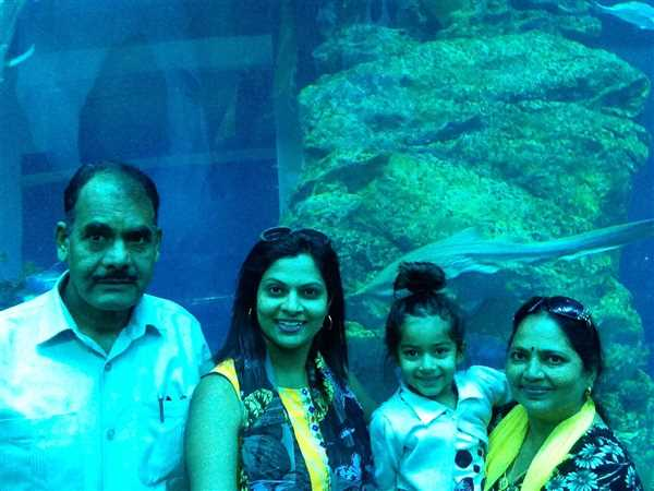 Family pic , Dubai holiday tour